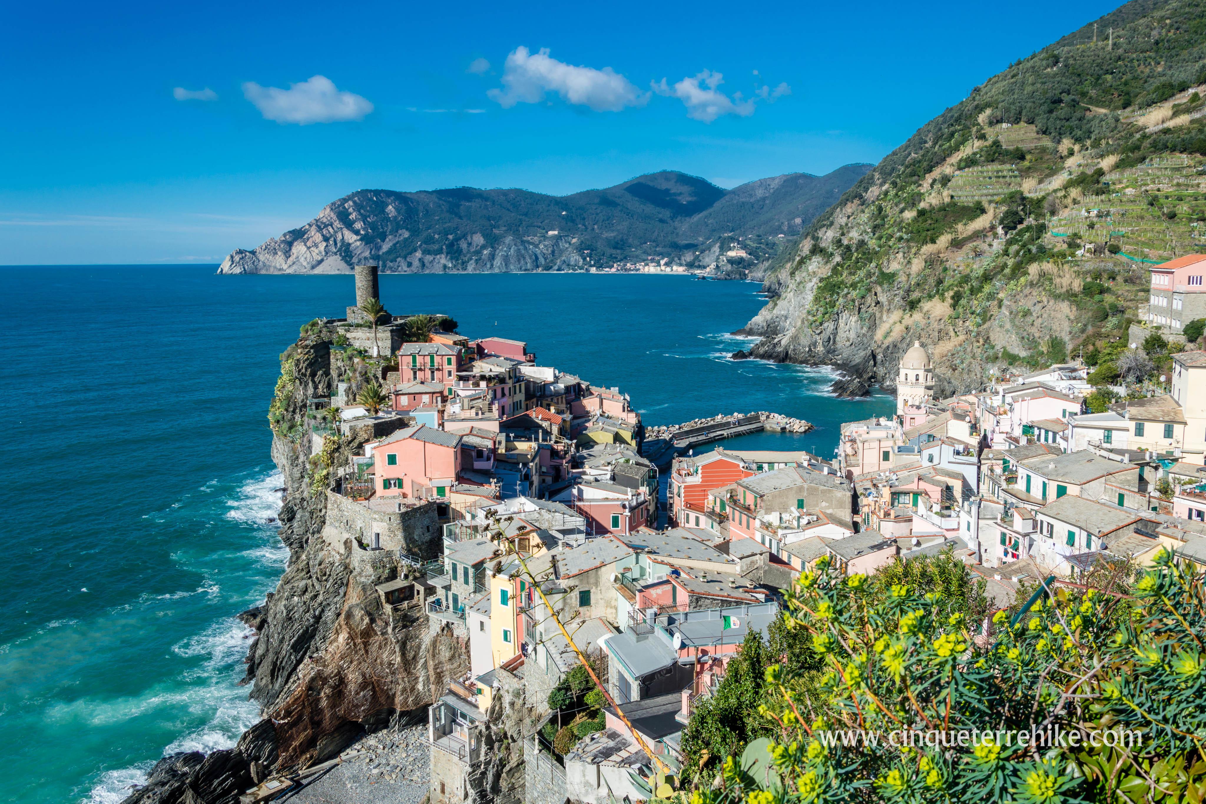 Cinque Terre, Five lands, Italian Riviera, Italy, top travel, best destination for vacation, vacation, beach, sea, fishing village, city, village, Monterosso, Vernazza, Corniglia, Manarola, Riomaggiore, mountain