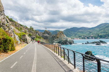 Path between Framura, Bonassola and Levanto, Cinque Terre, Italy