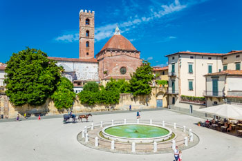 PLace Antelminelli, Lucques, Italie
